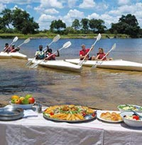 Canoe Safari reststop for lunch
